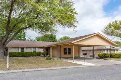 Brackettville, Del Rio, Comstock Single Family Home ACTIVE: 114 Kim Drive