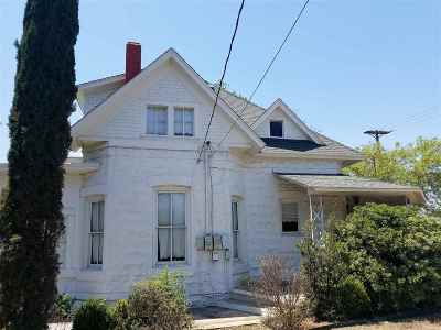 Del Rio Single Family Home NEW: 109 E 2nd St.