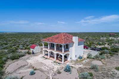 Brackettville, Del Rio, Comstock Single Family Home NEW: 103 Rapala Drive