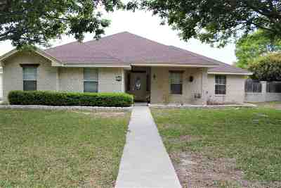 Single Family Home ACTIVE: 115 White Feather Trail