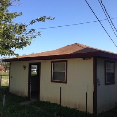 Brackettville, Del Rio, Comstock Rental ACTIVE: 124 Gaila Lane--rental