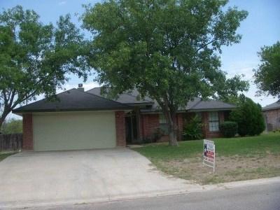 Brackettville, Del Rio, Comstock Rental ACTIVE: 104 Hidden Meadow Lane