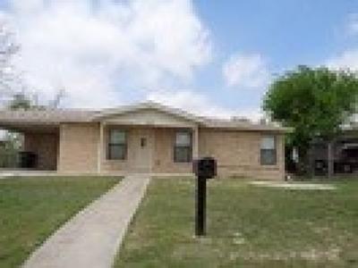 Brackettville, Del Rio, Comstock Rental ACTIVE: 807 W 8th St - Rental