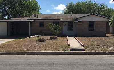 Brackettville, Del Rio, Comstock Single Family Home ACTIVE: 111 Ridgemont
