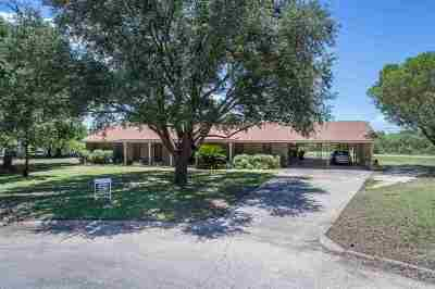Brackettville, Del Rio, Comstock Single Family Home ACTIVE: 101 Clouse Drive--house Only