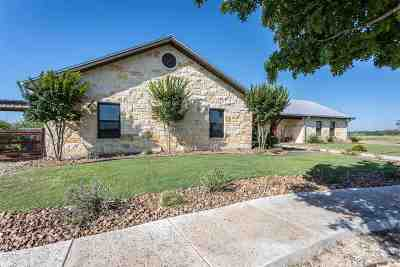 Brackettville, Del Rio, Comstock Single Family Home ACTIVE: 629 Longhorn