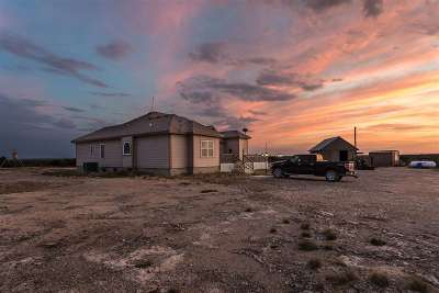 Brackettville, Del Rio, Comstock Single Family Home ACTIVE: 1367 Cow Pen Rd