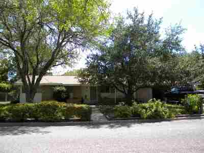 Brackettville, Del Rio, Comstock Single Family Home ACTIVE: 226 Elizabeth Dr.