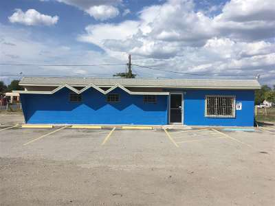 Brackettville, Comstock, Del Rio Commercial UNDER CONTRACT: 800 Dr. Fermin Calderon Boulevard