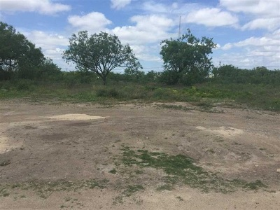 Residential Lots & Land ACTIVE: * Linda Vista Dr/Railway Ave.
