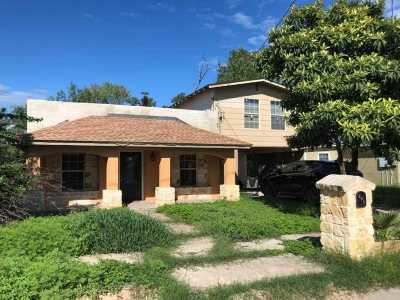 Del Rio TX Single Family Home ACTIVE: $70,000