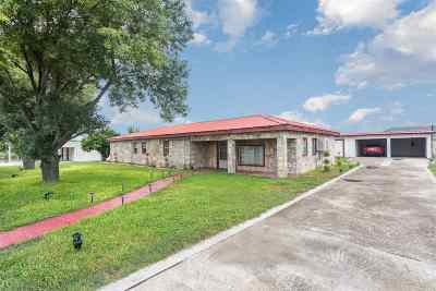 Del Rio TX Single Family Home UNDER CONTRACT-OPTION: $90,000