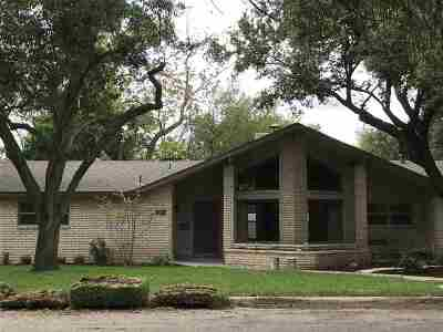 Brackettville, Del Rio, Comstock Rental ACTIVE: 218 A Park Ave - Rental