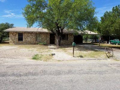 Brackettville, Del Rio, Comstock Single Family Home ACTIVE: 612 E Morin Street