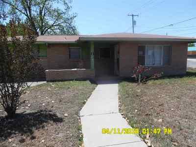Brackettville, Del Rio, Comstock Single Family Home ACTIVE: 100 Lima St