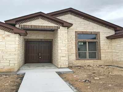 Single Family Home NEW: 416 Quail Creek