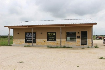 Brackettville, Comstock, Del Rio Commercial ACTIVE: 5334 Hwy 90 West