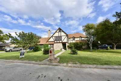 Brackettville, Del Rio, Comstock Rental ACTIVE: 207 Far Hills Drive