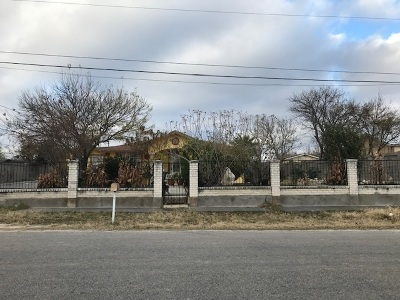 Del Rio Single Family Home ACTIVE: 124 Currency