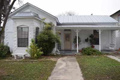 Del Rio Single Family Home ACTIVE: 208 E Martin St