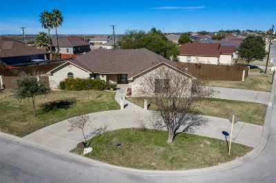 Del Rio Single Family Home UNDER CONTRACT-CONTINGENT: 108 Tepee Trail