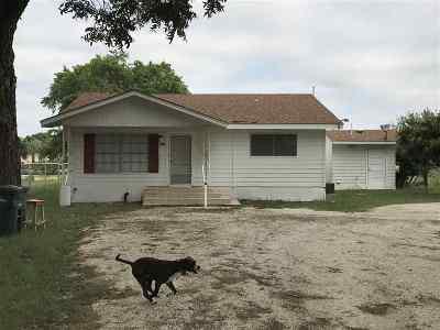 Brackettville, Del Rio, Comstock Rental ACTIVE: 1002 Qualia - Rental