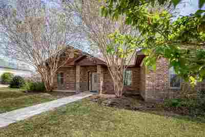 Del Rio Single Family Home ACTIVE: 230 Saddle Blanket Trl