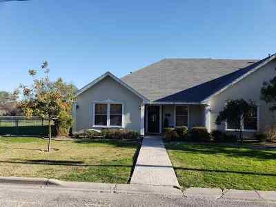 Single Family Home ACTIVE: 414 Strickland St