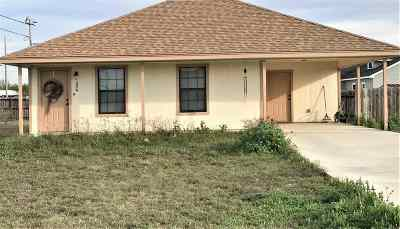 Brackettville, Del Rio, Comstock Rental ACTIVE: 324 Royal Falcon-Rental