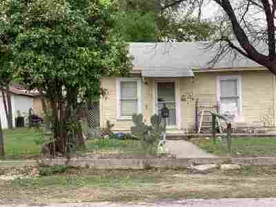 Del Rio Single Family Home ACTIVE: 109 W 6th St