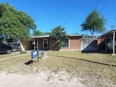 Brackettville, Del Rio, Comstock Single Family Home ACTIVE: 602 E 9th St.