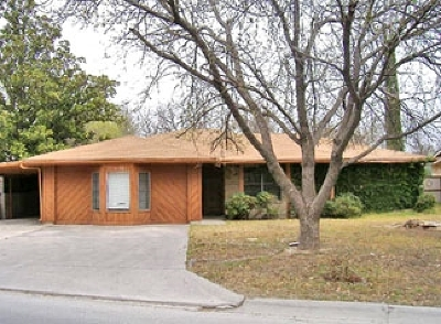 Brackettville, Del Rio, Comstock Rental NEW: 1102 Pecan St - Rental