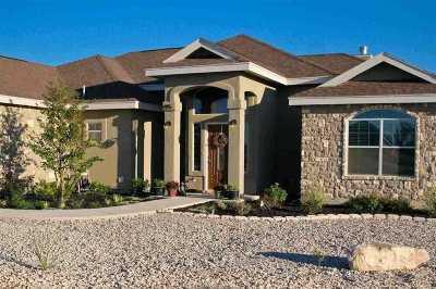 Brackettville, Del Rio, Comstock Rental UNDER CONTRACT-CONTINGENT: 195 Dos Caballos