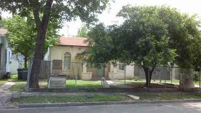 Brackettville, Del Rio, Comstock Single Family Home ACTIVE: 203 E Martin Street