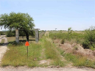 Brackettville, Del Rio, Comstock Residential Lots & Land ACTIVE: 6754 Highway 90 West