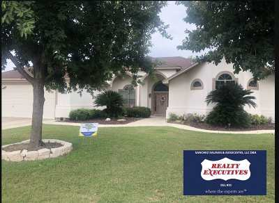 Single Family Home ACTIVE: 205 Saddle Blanket