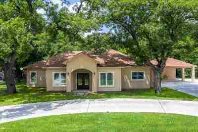 Del Rio Single Family Home UNDER CONTRACT-OPTION: 106 Vineyard Creek Circle