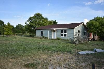 Brackettville, Del Rio, Comstock Single Family Home ACTIVE: 501 Dennis
