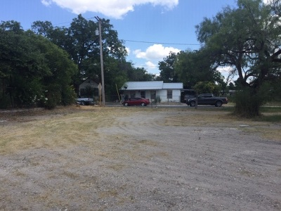 Brackettville, Del Rio, Comstock Residential Lots & Land ACTIVE: 108 Garza St
