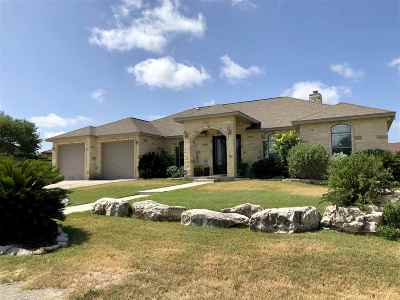 Del Rio Single Family Home ACTIVE: 103 Plomada Drive