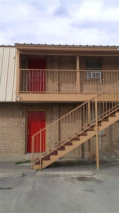 Brackettville, Del Rio, Comstock Rental ACTIVE: 102 Avenue I #6