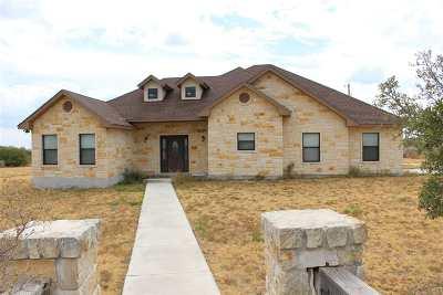 Brackettville, Del Rio, Comstock Single Family Home UNDER CONTRACT-OPTION: 212 Gabriella's Way