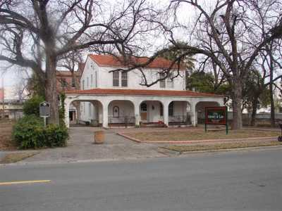 Single Family Home ACTIVE: 608 Griner Street