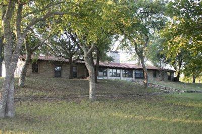 Brackettville, Del Rio, Comstock Single Family Home ACTIVE: 214 River Rd Home & 1 Acre