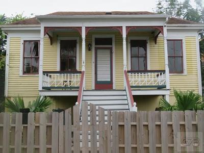 Galveston TX Single Family Home For Sale: $179,000
