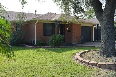 Galveston TX Single Family Home For Sale: $238,000