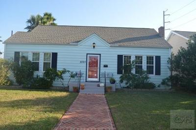 Galveston TX Single Family Home For Sale: $245,000