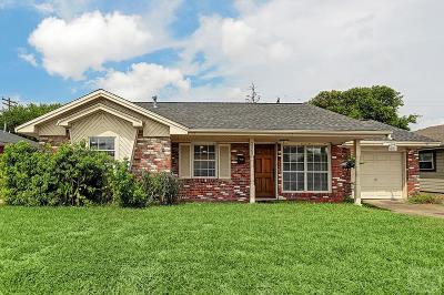 Galveston TX Single Family Home For Sale: $214,500