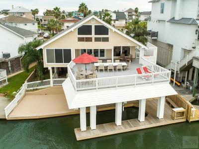 Tiki Island Single Family Home For Sale: 1419 Palmetto Drive