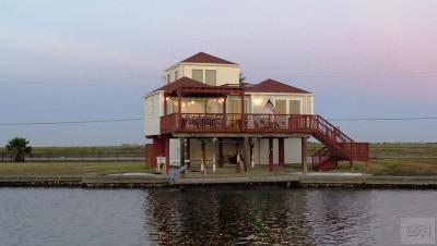 Jamaica Beach Single Family Home For Sale: 4817 Jolly Roger